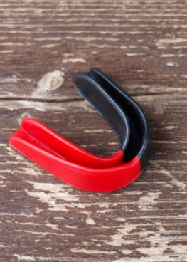 protector bucal 2 colores - negro y rojo (3)