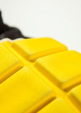 hombrera-rugby-amarilla-3