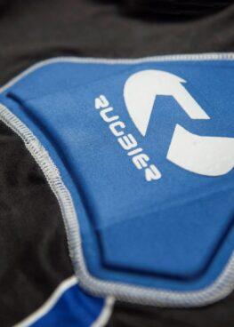 hombrera-rugby-azul-2