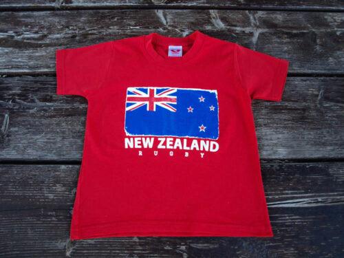 niño-camiseta-NZ-roja