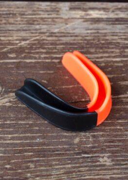protector bucal 2 colores - negro y naranja (3)